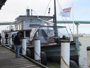 PS - W Oscar Docked at wharf