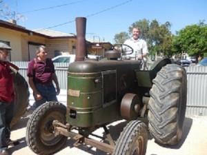 Claude tractor