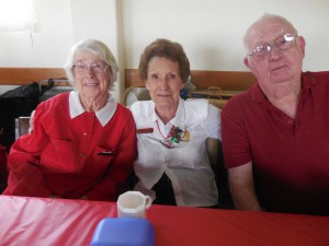 L to R: Muriel Trapnell Lyn Hunter and Les Cowie enjoying the day's proceedings